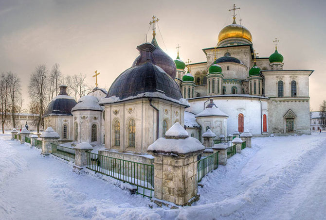 new_jerusalem_monastery_by_andgybesso-d376t32